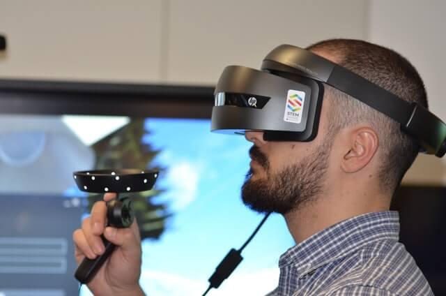 仮想現実(VR)とは?