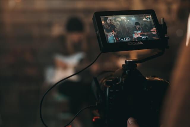動画広告制作を外注するときに確認したい3つのポイント