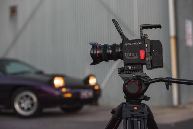 映像制作を映像制作会社に依頼するメリット