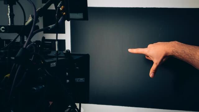 映像制作の見積もりを安くするポイント